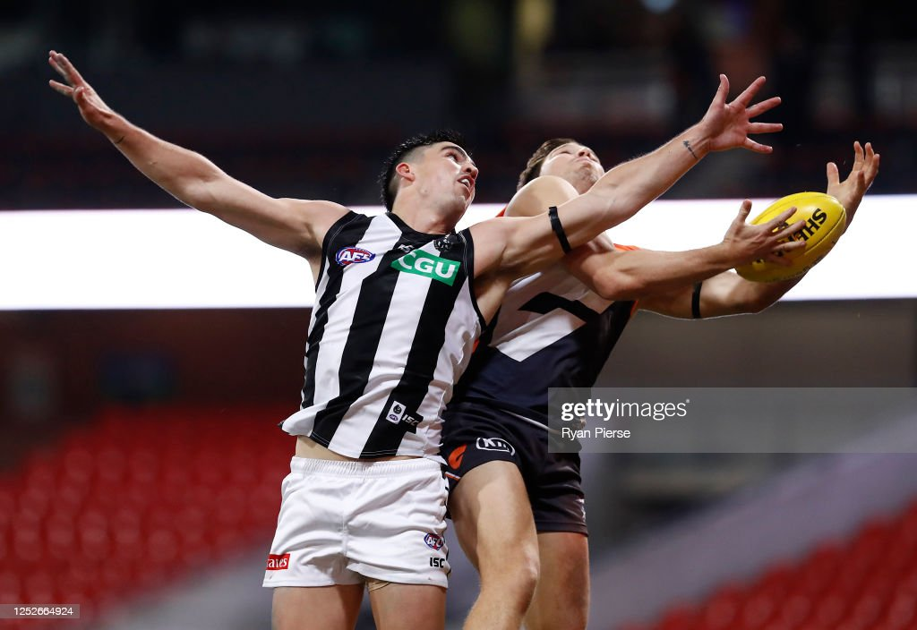 AFL Rd 4 - GWS v Collingwood : News Photo