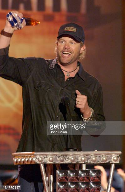 Toby Keith winner Collaborative Video of the Year for 'Beer for My Horses '
