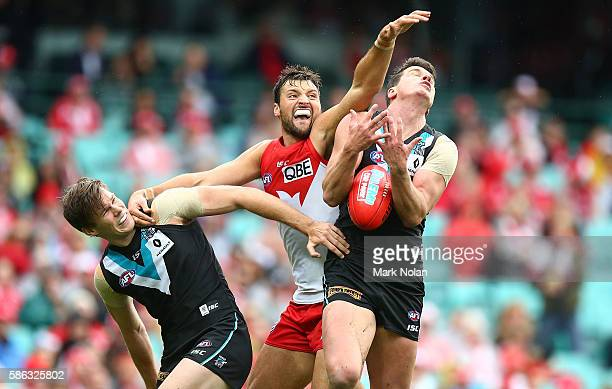 Toby Nankervis of the Swans and Paul Stewart of the Power contest possession during the round 20 AFL match between the Sydney Swans and the Port...
