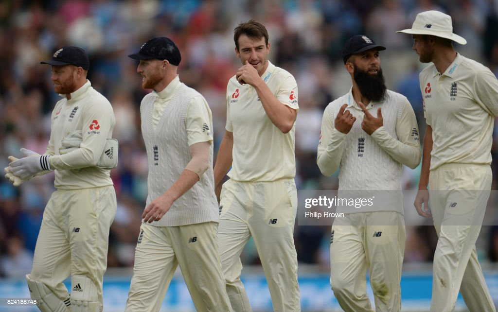 England v South Africa - 3rd Investec Test: Day Three : News Photo