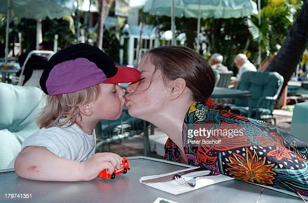 Tochter Francesca Kohlund mit Mutter Elke Best Schauspielerin Promis Prominente Prominenter