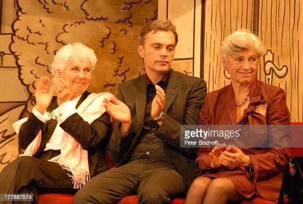 Tochter Wiesje Herold-Heesters, Enkel Johannes Fischer, Tochter Nicole Heesters , Geburtstagsfeier zum 105. Geburtstag von J o h a n n e s H e e s t...