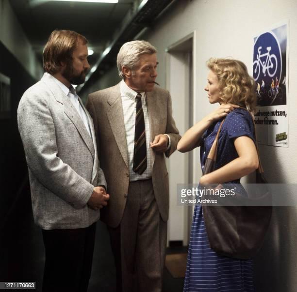 JÜRGEN KLUCKERT HEINZ DRACHE und MARITA MARSCHALL in 'TATORT' Folge 'Tod macht erfinderisch' 1986
