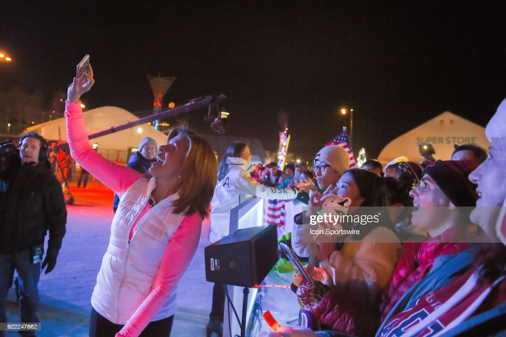 Today Show Hoda Kotb takes a selfie with the crowd during a break on the set of the Today Show in the middle of the Olympic Cluster during the 2018 Winter Olympic Games at the Gangneung Ice Arena on February 20, 2018 in PyeongChang, South Korea.