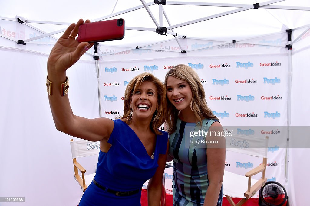 """People's """"Great Ideas"""" Food Truck Hosts Cook-Off On NBC's Today Show : News Photo"""