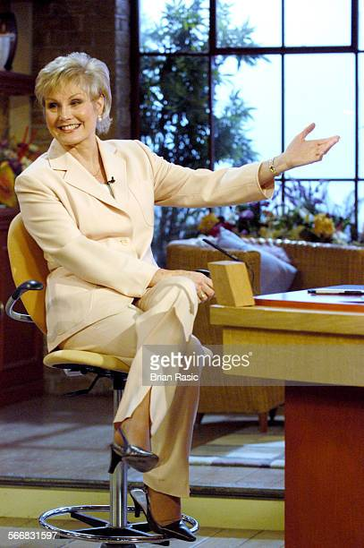 Today With Des And Mel' Tv Programme Britain 27 Jan 2004 Angela Rippon