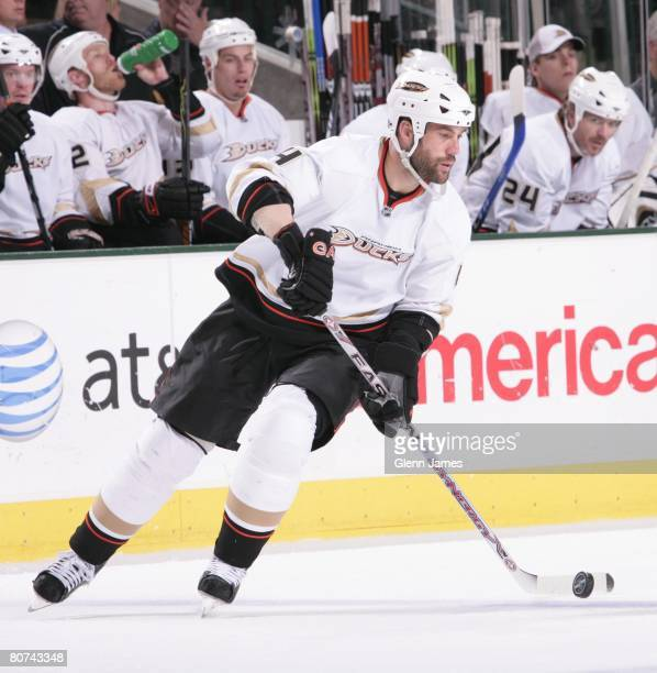 Todd Bertuzzi of the Anaheim Ducks handles the puck against the Dallas Stars during game four of the Western Conference Quarterfinals of the 2008 NHL...
