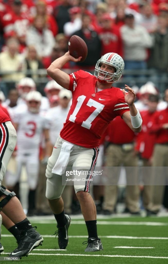 Todd Boeckman #17 of the Ohio State Buckeyes passes the ball during the game against the Wisconsin Badgers on November 3, 2007 at Ohio Stadium in Columbus, Ohio. Ohio State defeated Wisconsin 38-17.