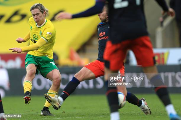 Todd Cantwell of Norwich City scores his team's third goal during the Sky Bet Championship match between Norwich City and Luton Town at Carrow Road...
