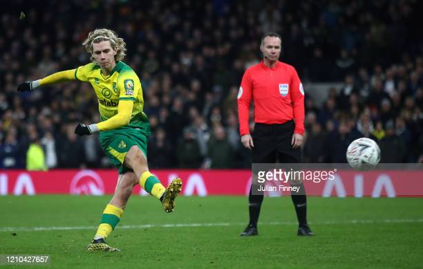 Todd Cantwell of Norwich City scores his teams third penalty during the FA Cup Fifth Round match between Tottenham Hotspur and Norwich City at...