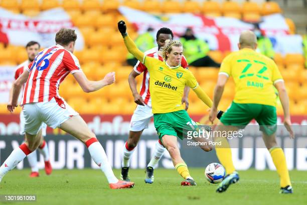 Todd Cantwell of Norwich City scores their side's first goal during the Sky Bet Championship match between Norwich City and Stoke City at Carrow Road...