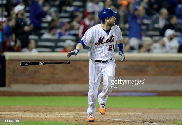 Todd Frazier of the New York Mets hits a grand slam in the fifth inning against the Philadelphia Phillies at Citi Field on April 23 2019 in the...