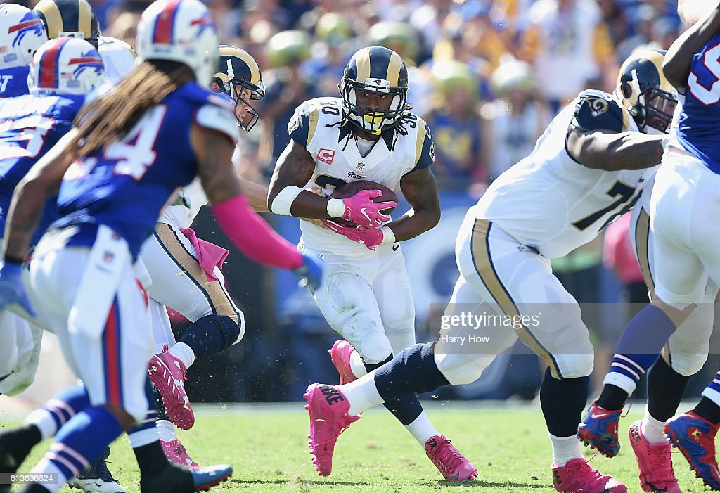 Buffalo Bills v Los Angeles Rams : News Photo