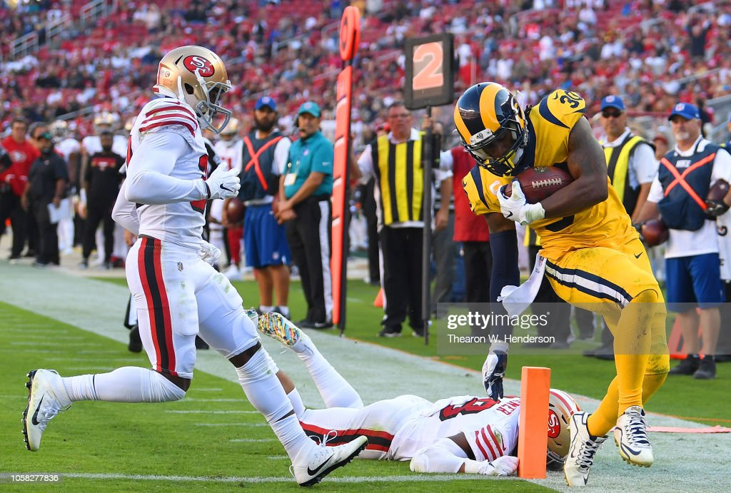 Los Angeles Rams v San Francisco 49ers : News Photo