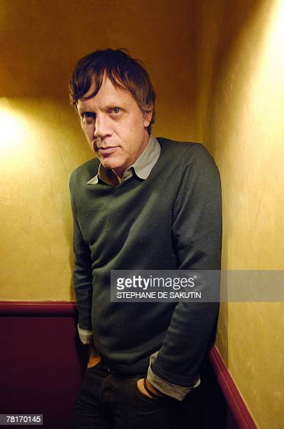 Todd Haynes Dylan incontournable symbole de l'Amrique US director Todd Haynes poses 29 November 2007 in Paris before the released of his movie I'm...