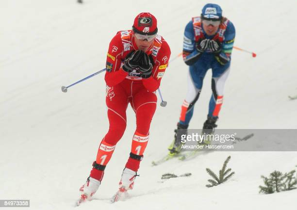 Todd Lodwick of USA competes during the Cross Country 10KM competition of the Nordic Combined Individual event at the FIS Nordic World Ski...