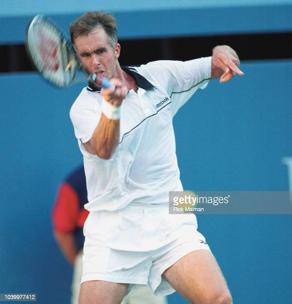 Todd Martin facing Andre Agassi in the final