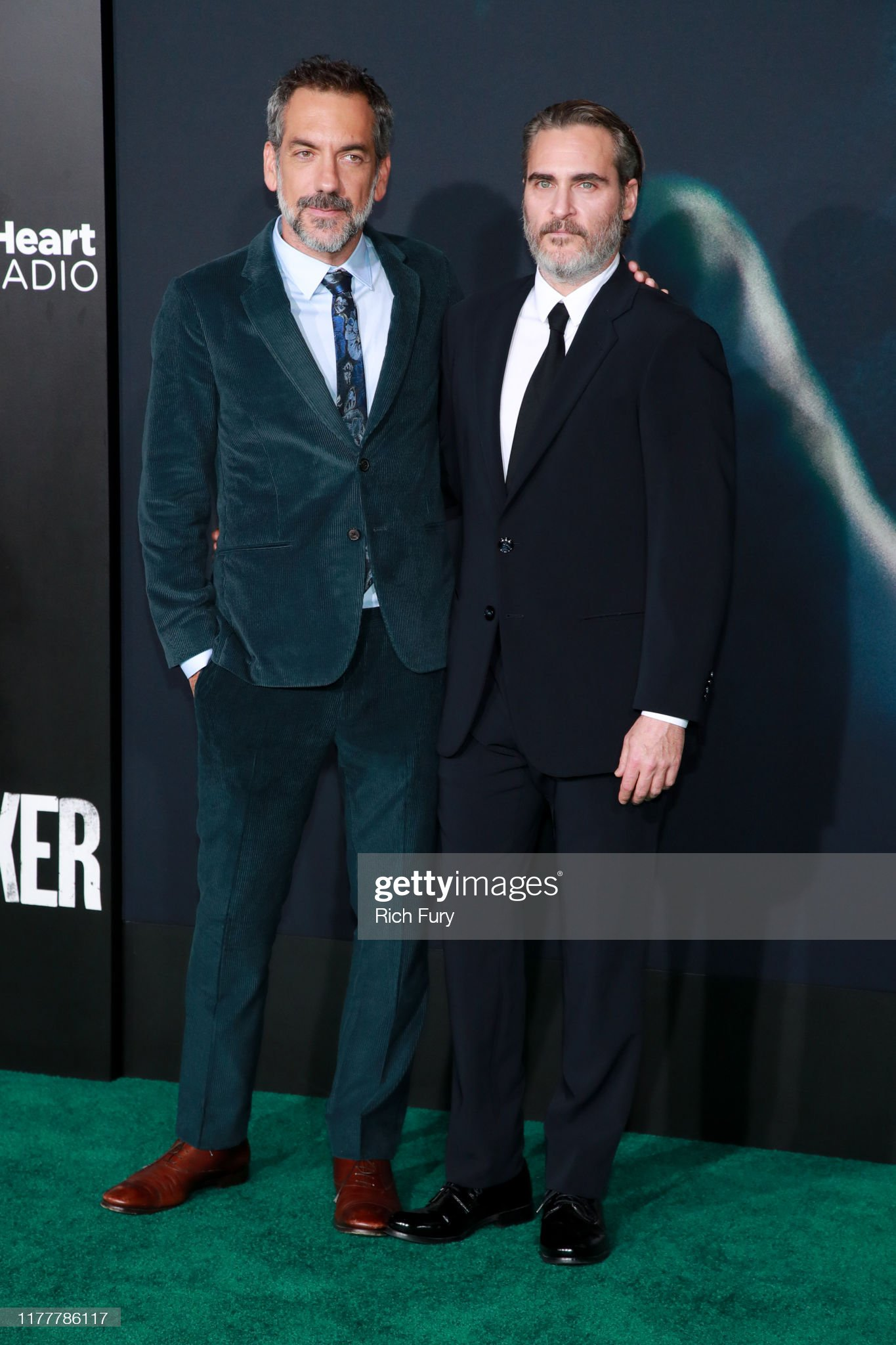 ¿Cuánto mide Joaquin Phoenix? - Altura - Real height Todd-phillips-and-joaquin-phoenix-attend-the-premiere-of-warner-bros-picture-id1177786117?s=2048x2048