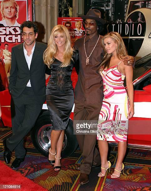 Todd Phillips Brande Roderick Snoop Dogg and Carmen Electra
