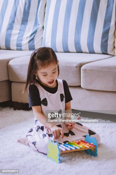 Toddler enjoying her new song