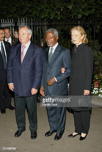 Toepfer Klaus Kofi Annan and Nane Annan during Celebrities Join World Leaders to Show Support for Environment to Reduce Global Poverty at The...