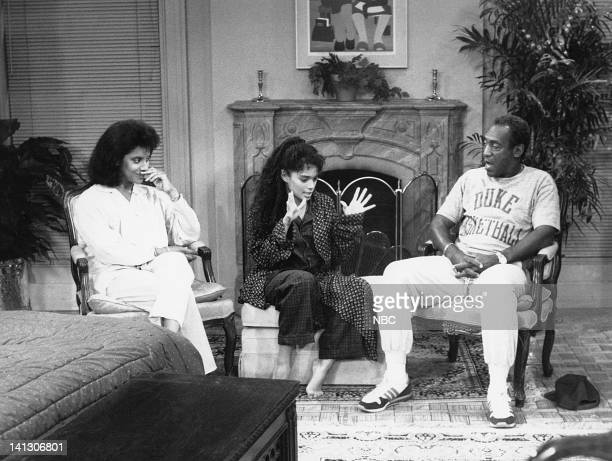 SHOW 'Together Again and Again' Episode 1 Aired 10/6/88 Pictured Phylicia Rashad as Clair Hanks Huxtable Lisa Bonet as Denise Huxtable Kendall Bill...