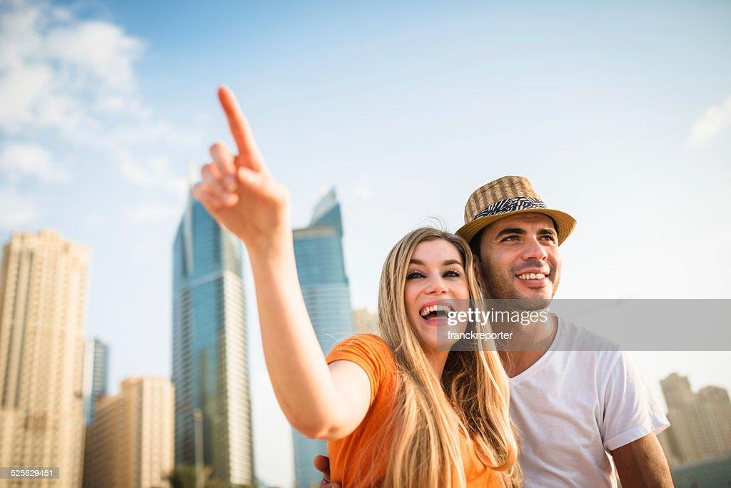 Zusammenhalt Paar am Strand : Stock-Foto