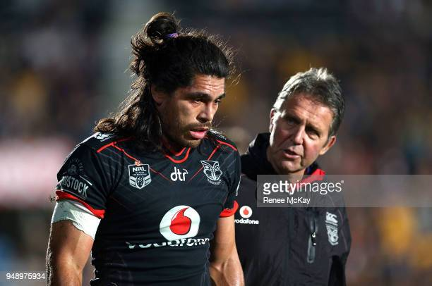 Tohu Harris of the Warriors leaves the field injured during the round seven NRL match between the New Zealand Warriors and the St George Illawarra...