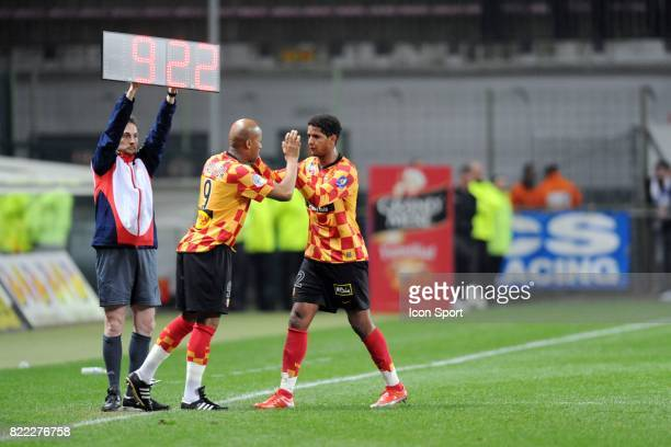 Toifilou MAOULIDA / Issam JEMAA Lens / Strasbourg 31e journee Ligue 2 Stade Bollaert Lens