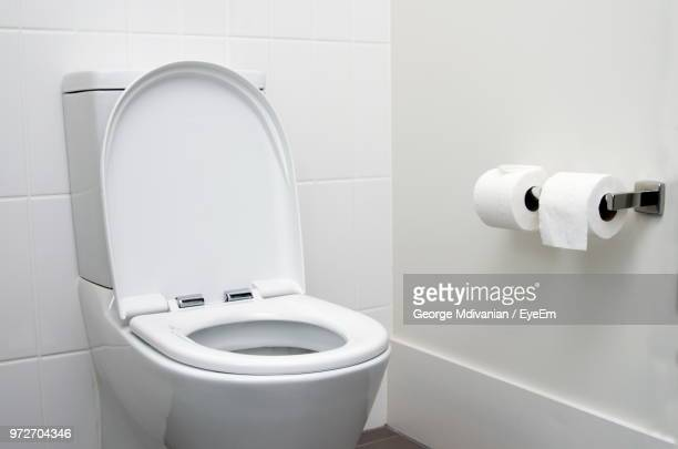 toilet bowl in bathroom - toilet stockfoto's en -beelden