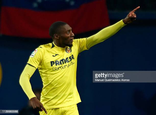 Toko Ekambi of Villarreal celebrates after scoring his team's second goal during the La Liga match between Villarreal CF and FC Barcelona at Estadio...