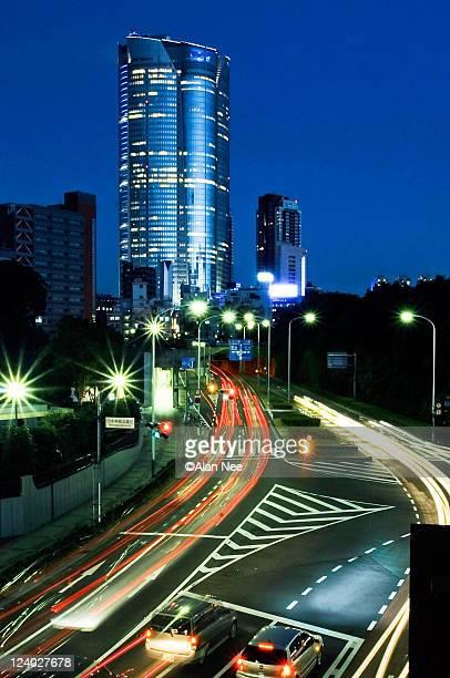 tokyo at night - nee nee fotografías e imágenes de stock