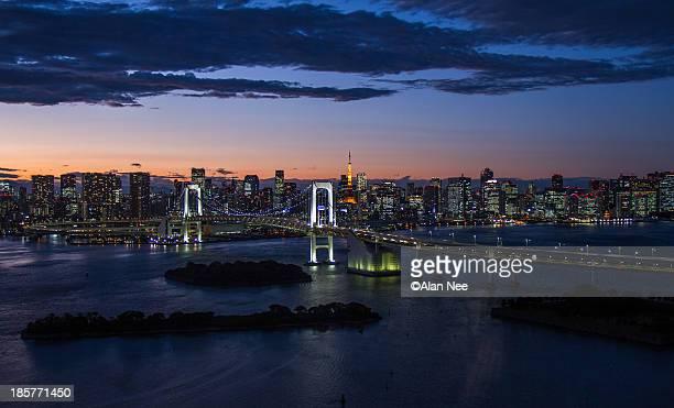 tokyo bay skyline - nee nee fotografías e imágenes de stock
