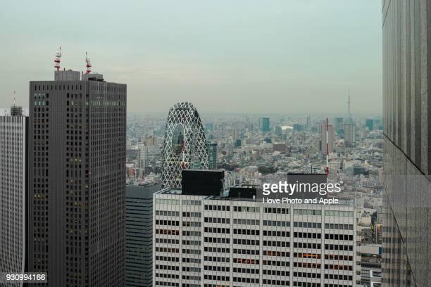 tokyo cityscape - nishi shinjuku stock-fotos und bilder