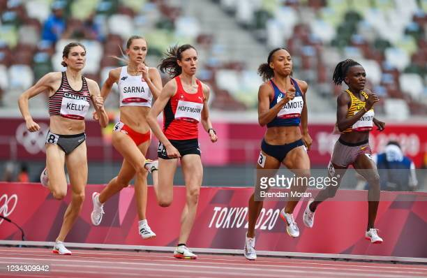 Tokyo , Japan - 30 July 2021; Renelle Lamote of France, second right, on her way to winning heat 1 of the women's 800 metres at the Olympic Stadium...