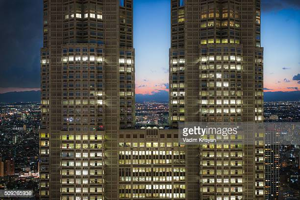 tokyo metropolitan government building - vadim krisyan stock pictures, royalty-free photos & images