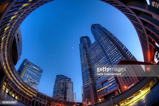 tokyo metropolitan government light up - saha entertainment stock pictures, royalty-free photos & images