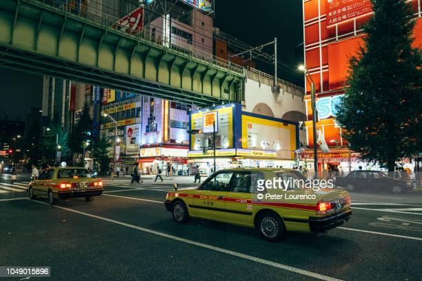 tokyo night view - peter lourenco stock-fotos und bilder