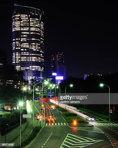 tokyo roppongi hills - roppongi hills stock pictures, royalty-free photos & images