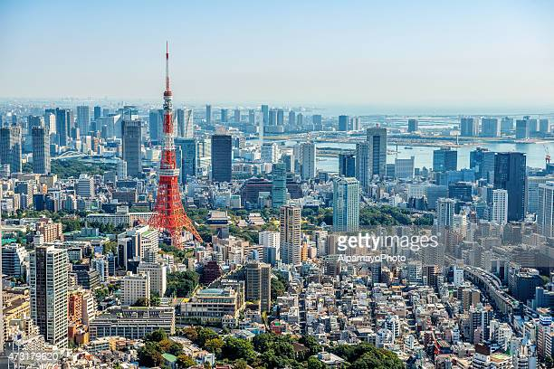 tokyo skyline - roppongi hills stock pictures, royalty-free photos & images