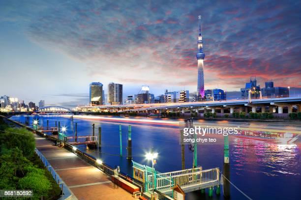 Tokyo Skytree light up .