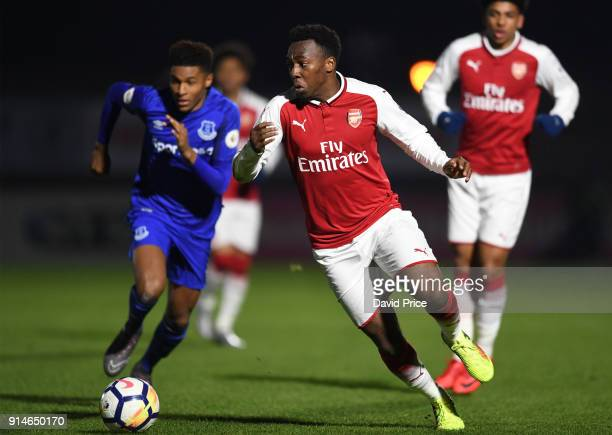 Tolaji Bola of Arsenal takes on Nathangelo Markelo of Everton during the Premier League 2 match between Arsenal and Everton at Meadow Park on...