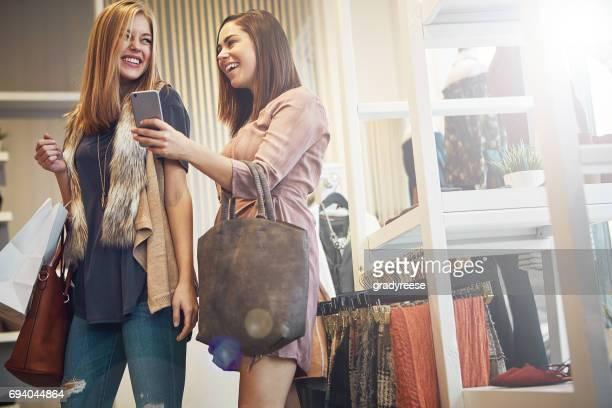 Ich sagte Ihnen, dass diese Boutique online gerade angesagt ist!