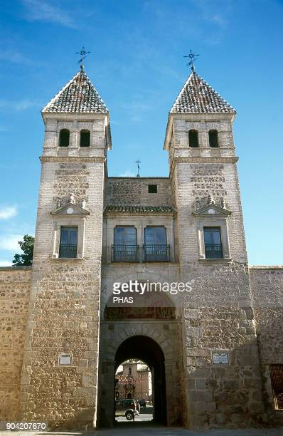 Toledo CastileLa Mancha Spain Bisagra Gate Muslim origin It was rebuilt during the reigns of Carlos V and Felipe II in 1550 following the designs of...