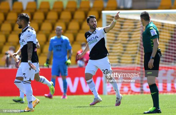 Tolgay Arslan of Udinese Calcio celebrates after scoring their side's second goal during the Serie A match between Benevento Calcio and Udinese...