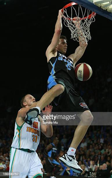 Tom Abercrombie of the Breakers dunks the ball during the round seven NBL match between the New Zealand Breakers and the Townsville Crocodiles at...