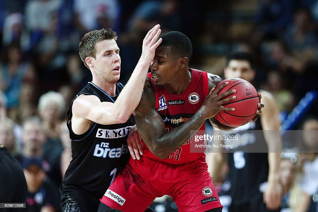 Tom Abercrombie of the Breakers pressures Casey Prather of the Wildcats during the round 11 NBL match between New Zealand Breakers and Perth Wildcats at Vector Arena on December 15, 2016 in Auckland, New Zealand.