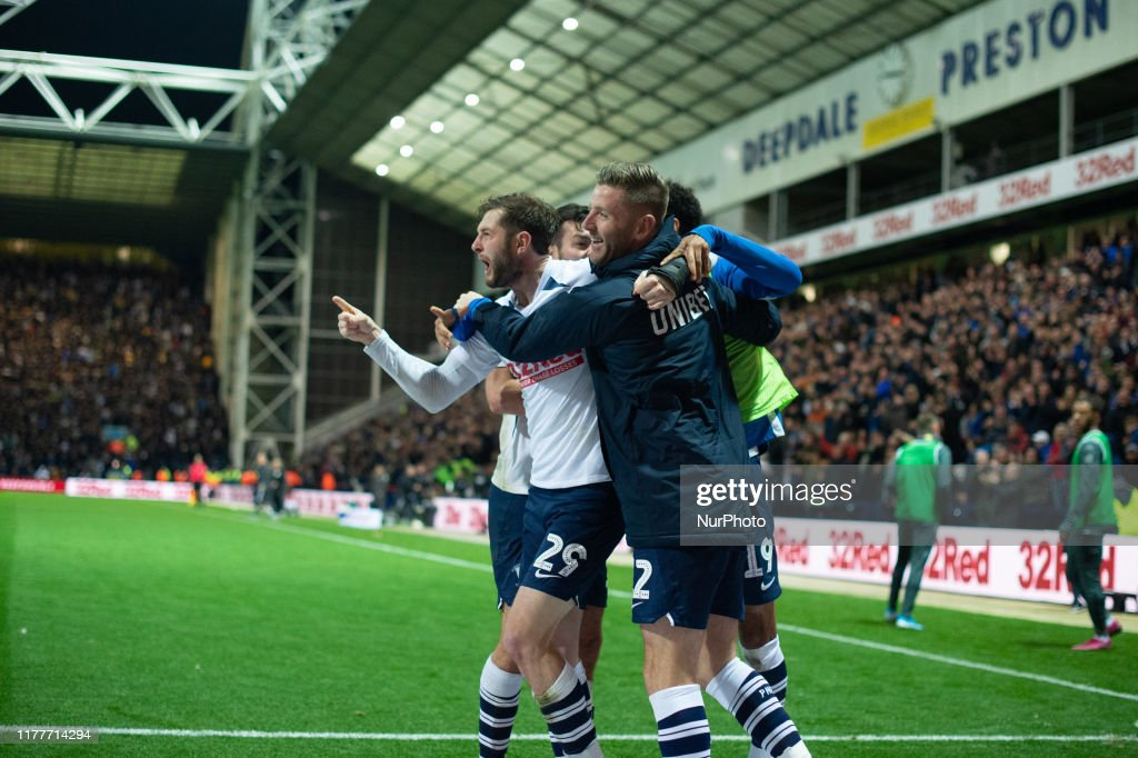 Preston North End v Leeds United - Sky Bet Championship : News Photo