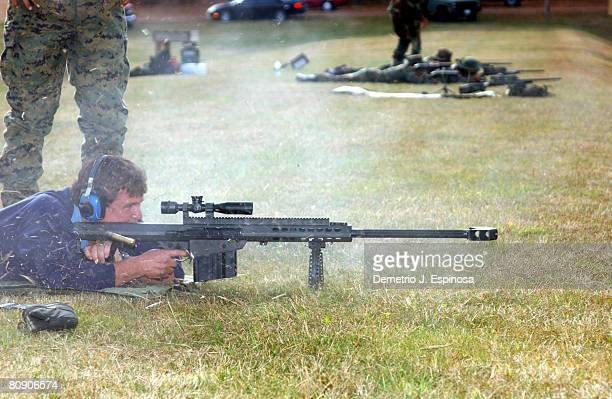 Tom Berenger fires a round from a 50caliber M82A1A Special Application Scoped Rifle The actor who played a Marine Gunnery Sergeant in the movie...