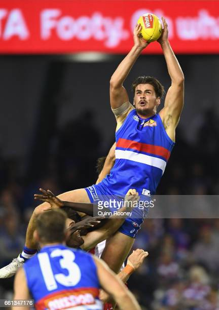 Tom Boyd of the Bulldogs marks during the round two AFL match between the Western Bulldogs and the Sydney Swans at Etihad Stadium on March 31 2017 in...